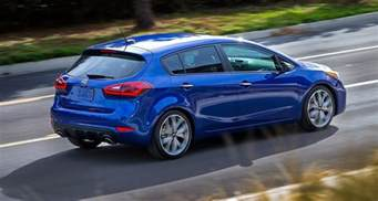2016 kia cerato hatch facelift hits detroit auto show
