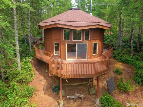 Lake House House Plans 900 sq ft round cabin on 1 25 acres in tahuya