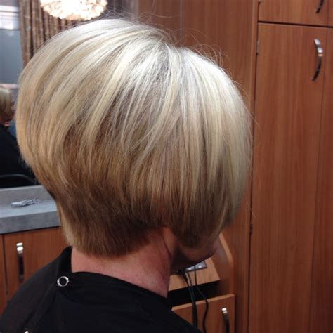 what does a inverted bob look like from the back of the head what does an inverted bob look like from behind love this
