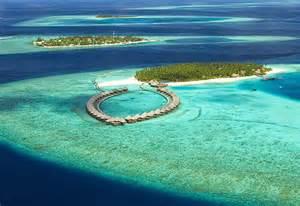 Aerial view sun aqua vilu reef