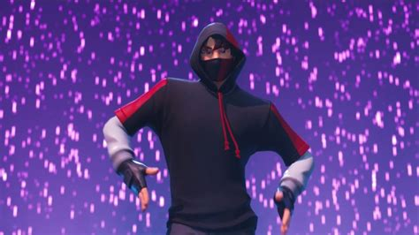 samsung launching ikonik fortnite skin  stage