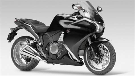 Motorrad Honda Vfr 1200 by Honda Vfr 1200f Aufgewerteter Tourer Autogazette De