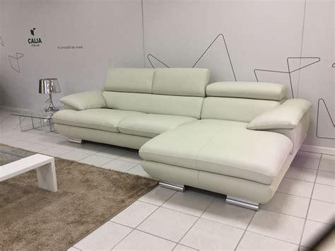 divano 2 posti con chaise longue divano calia magic divani con chaise longue pelle divano 2