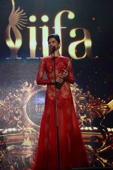 priyanka chopra john travolta s hot dance at iifa awards 2014 50 best iifa 2014 images on pinterest bollywood