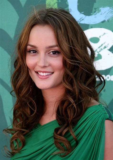brunette curly hairstyles 22 fantastic brunette hairstyles for women pretty designs