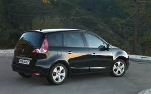 02 Renault Scenic 2010 New Renault Scenic Widescreen Car Wallpapers