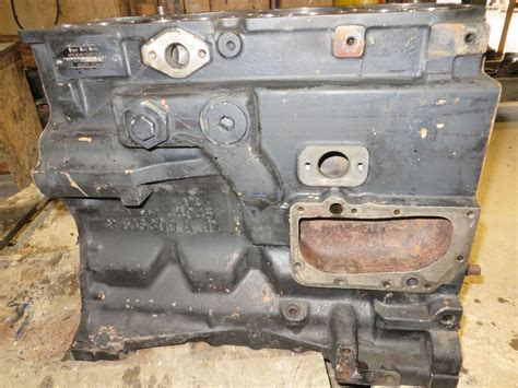 engine john deere jd  engine block  powertech  cyl dsl