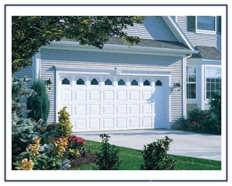 Everdoor Garage Doors by Everdoor Vinyl With Ruston Window Inserts From Coast