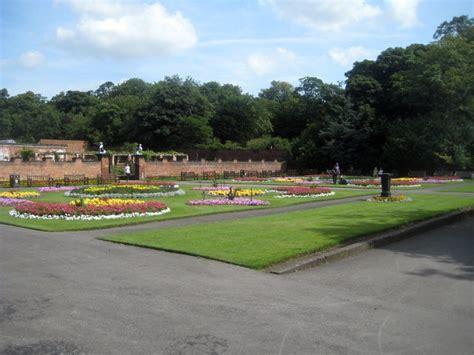 thornes park wikipedia