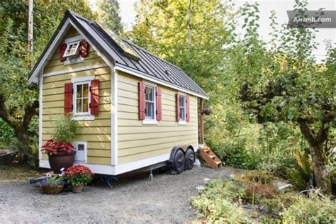 Trailer Cottage by Tiny Cottage On Wheels For Rent In Olympia Wa Tiny House Pins