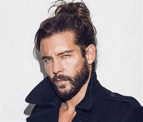 man bun hairstyles guys long hair