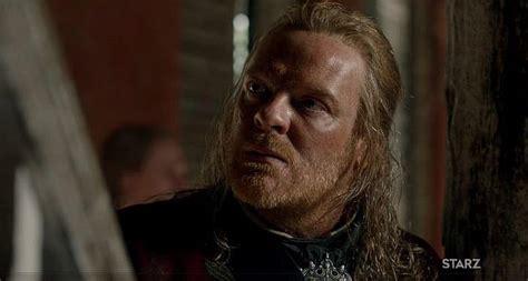british actor chris larkin who is chris larkin actor who plays captain berringer in