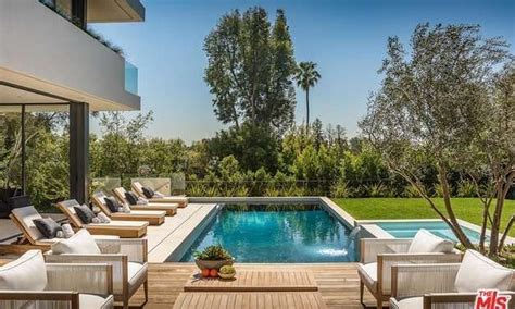 748 amalfi drive pacific palisades quintessential 13 495 million newly built contemporary mansion in