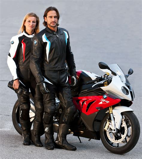 motorcycle riding clothes bmw rewards msf ridercourse graduates motorcycle com news