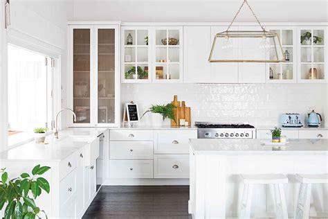 affordable ideas    hamptons    kitchen
