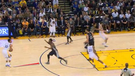 how much does stephen curry bench stephen curry film session how does the warriors mvp get so open nba sporting news
