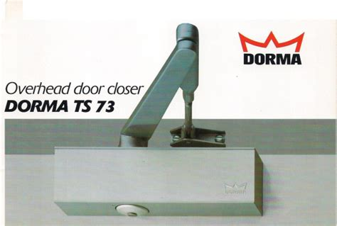 united locksmith servicing centre door closer