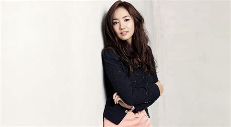 park min young korean actress remember doll like actress park min young on yoo seung