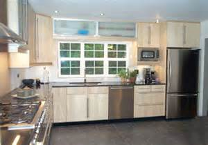 L Shaped Kitchen Layout Ideas by Small L Shaped Kitchen Designs Layouts Kitchendecorate Net