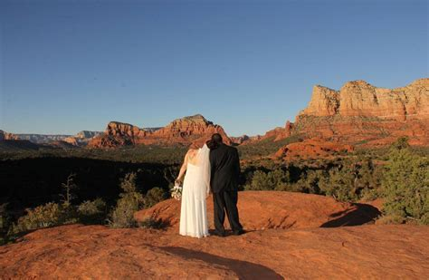 Bell Rock One of The Top Sedona Wedding Venues