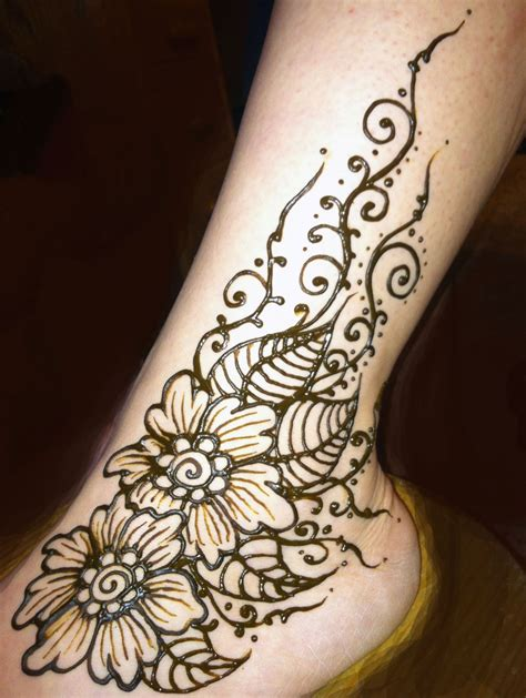 henna tattoo on the foot henna flowered ankle henna by cynthia mcdonald