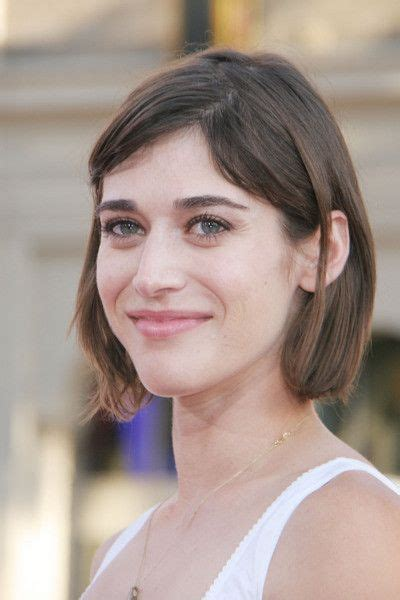 lizzy caplan short bangs 81 best images about lizzy caplan on pinterest
