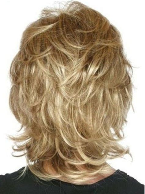 feathered haircut all around head medium length funky hairstyles shaved sides coiffures cheveux et