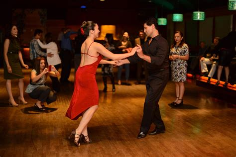 reasons why you should attend dance lessons top 5 reasons to take salsa dance lessons lynne s dance crew
