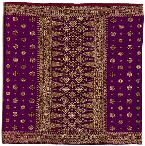 textile pattern indonesia songket is a fabric that belongs to the brocade family of