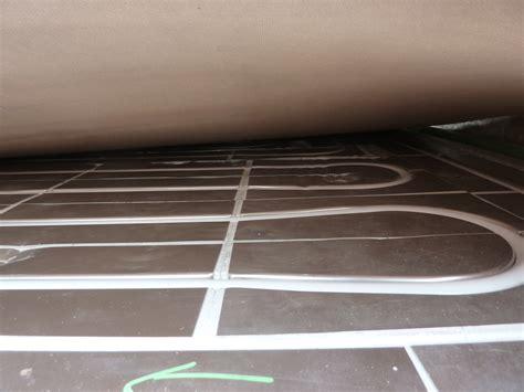 riscaldamento a pavimento o tradizionale parquet sportivo con riscaldamento radiante no massetto