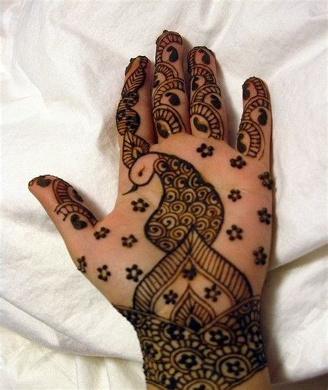henna tattoo design peacock 10 best peacock mehndi designs to try in 2018