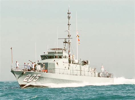 types of boats in the us navy fremantle class patrol boat wikipedia