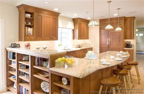 Kitchens With Light Wood Cabinets Traditional Light Wood Kitchen Cabinets 125 Crown Point Kitchen Design Ideas Org