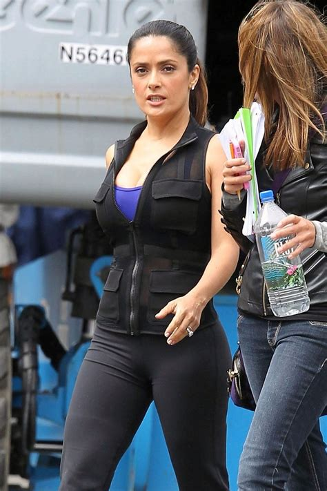 Salma Set Fit L salma hayek photos photos salma hayek on the grown ups