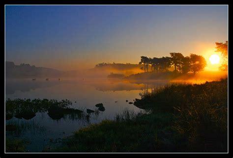 imagenes hermosas amaneceres 30 hermosas fotos de atardecer y amanecer im 225 genes