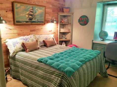 beach themed master bedroom beach house bedrooms for dream house bedroom condos in