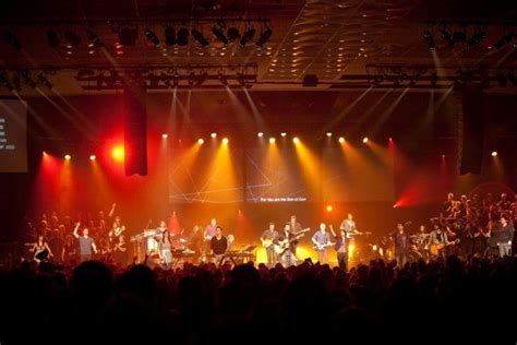 lighting for worship services ast make the message clear