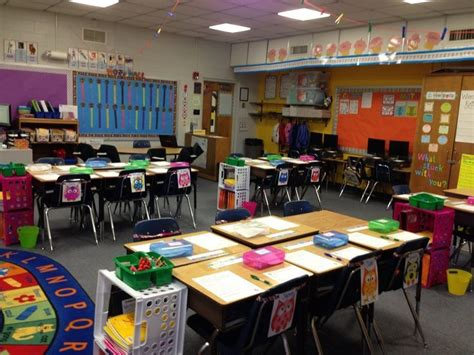 classroom layout ideas for second grade 809 best images about bright colored classrooms decor