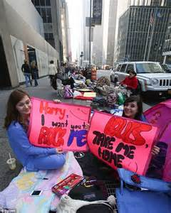 today show decorations one direction mania in new york ahead of today show