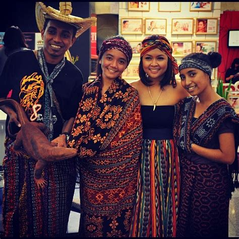 Kain Tenun Ikat Blangket 16 17 best images about batik tenun dan ikat indonesia on traditional fashion weeks