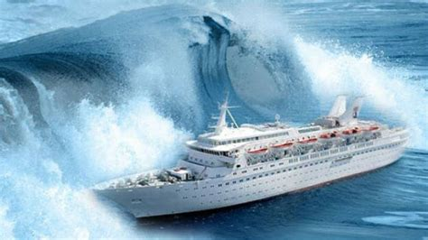 hurricane boats sydney cruise ship storm at sea youtube