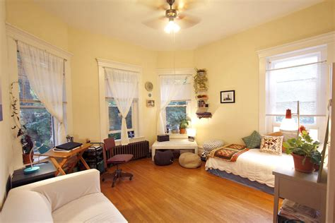 how big is 350 square feet jenny and farzad s 350 sqft historic boylan studio apt