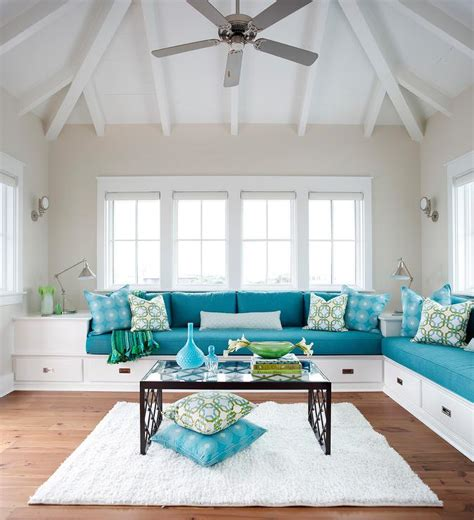 blue and white sofa white and blue sofa living room blue and white decor light