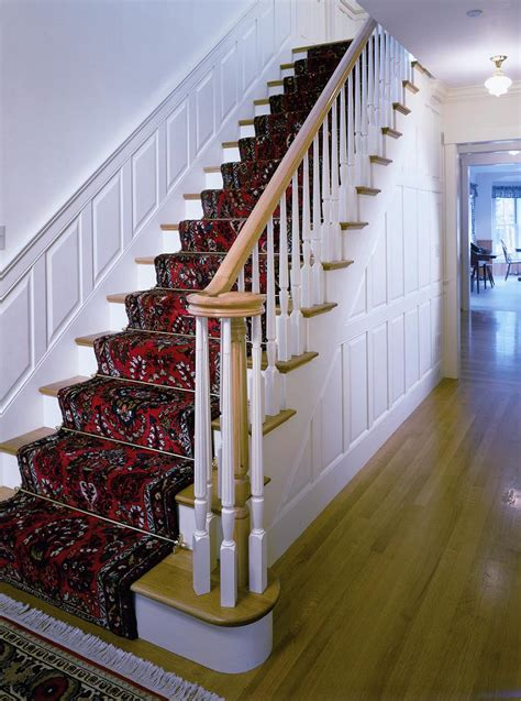 Stair Wainscoting by Wainscoting And Paneling For Stairs