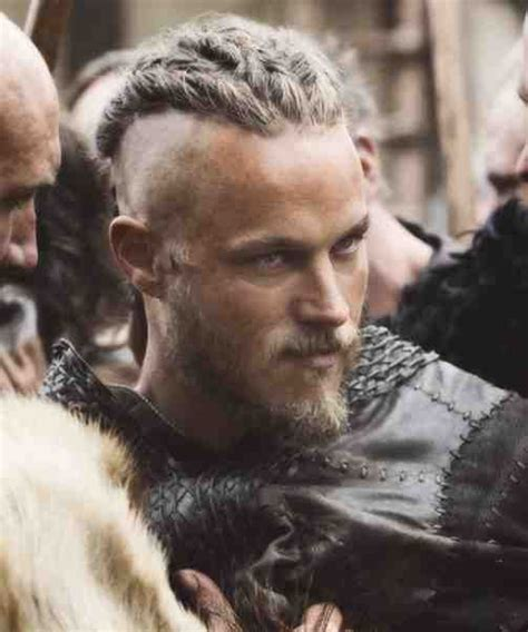 travis fimmel hair for vikings 18 best images about looks de serie hombres tv series
