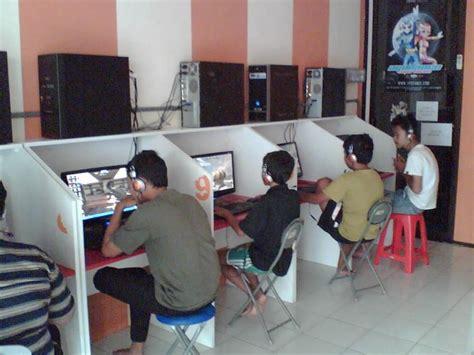 desain meja game center gunjam blog s contoh desain meja warnet dan game online