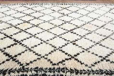 black and rug moroccan white and black beni ouarain rug for sale at 1stdibs