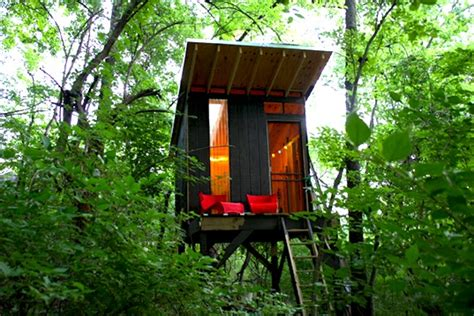 tiny tree house mother of two builds tiny 1 500 hideaway amongst the