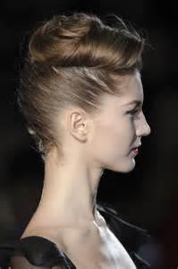 hair i s chin sideways nyfw hair trend braids hair romance