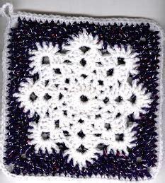 pattern for snowflake granny square linda s snowflake potholder crochet granny squares